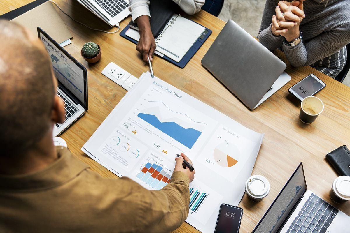 İstatistik Verilerle Web Tasarım - - web tasarımı, web tasarım izmir, web tasarım, web site, türkiye, sosyal medya dikkat, sosyal medya, reklam, portakalweb, grafik tasarım, adobe illustrator